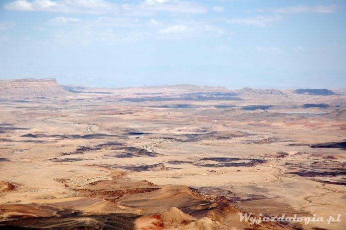 kolorowe skały na pustyni Negev