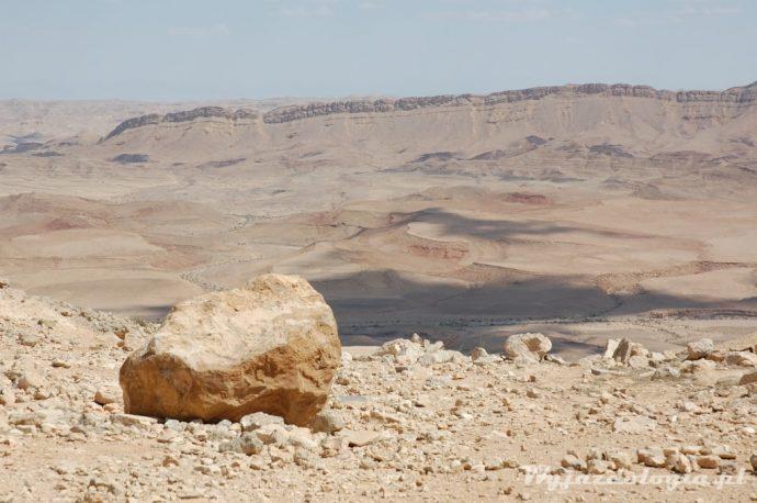 kamień na pustyni negew