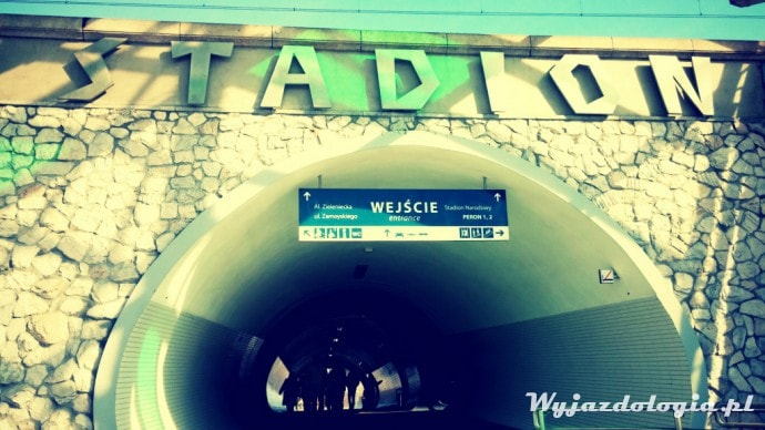 stacja kolejowa warszawa stadion