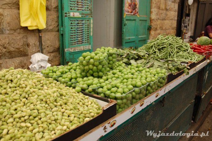 na targu w jerozolimie kupimy owoce