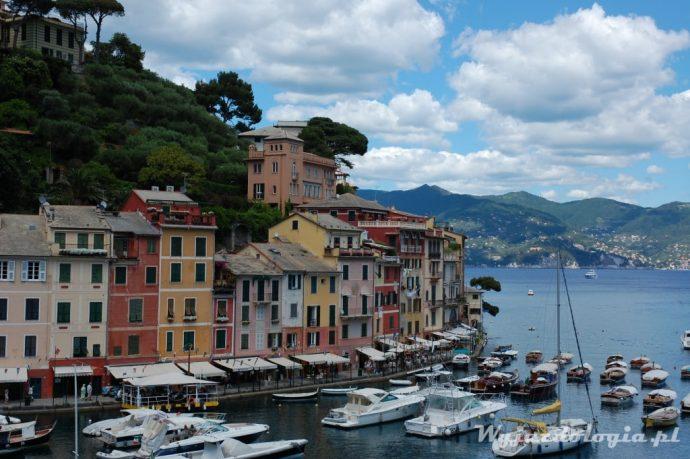 łodzie zacumowane we Włoszech