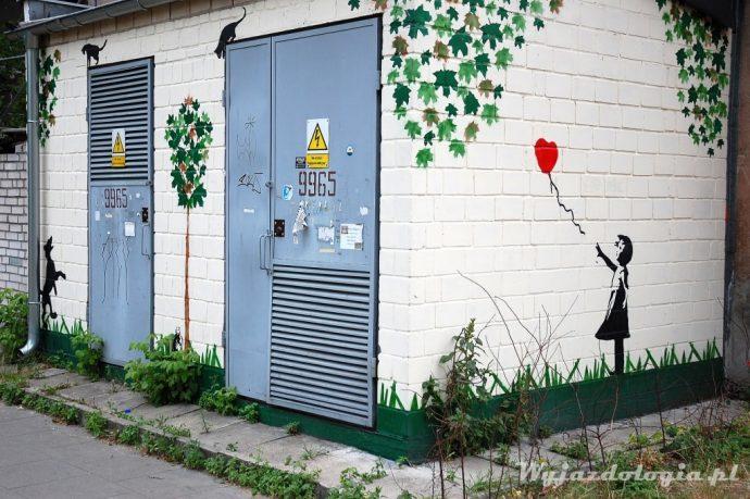 Sztuka uliczna na transformatorze, Warszawa Praga