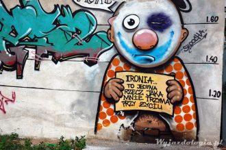 ciekawe graffiti na warszawskiej pradze