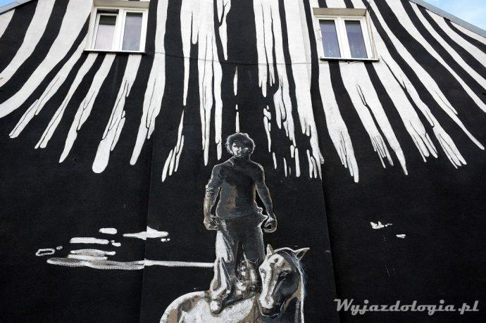 mural przy grochowskiej za kładką dla pieszych warszawa
