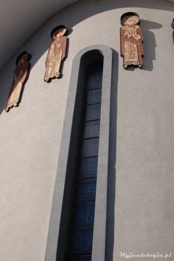 detale na fasadzie cerkwi z hajnówce
