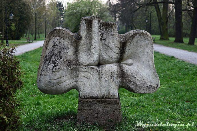 dziwny pomnik Ciechocinek