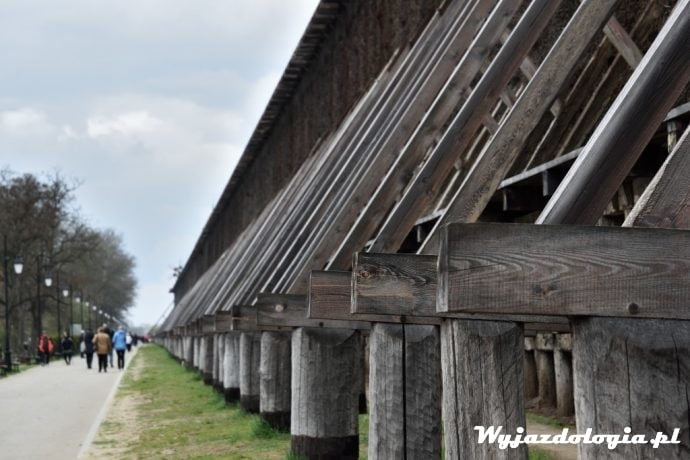 sanatorium w Ciechocinku i spacer pod tężniami
