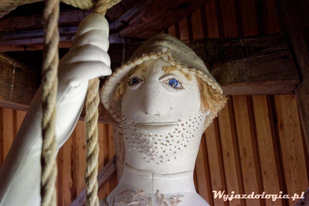 dzieci boją się pluszowych młynarzy w Estonii