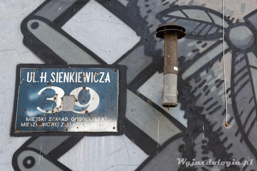 Płock ulica Sienkiewicza 39 mural