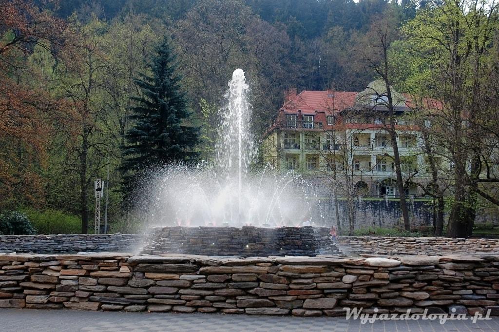 Duszniki-Zdrój fontanna Park Zdrojowy
