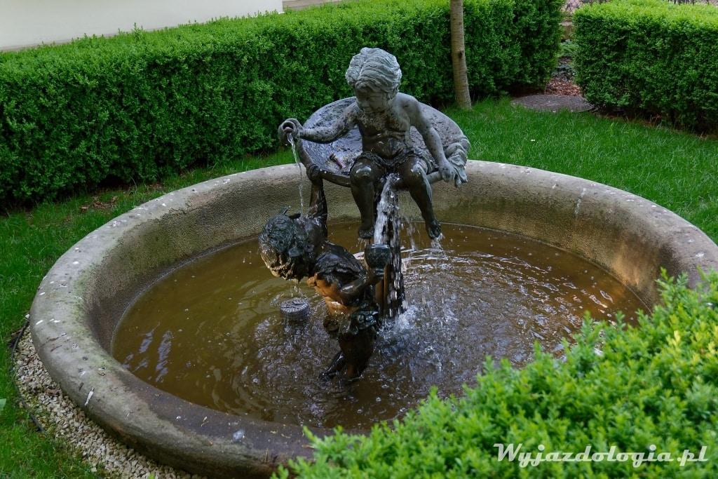 mała fontanna w Rzeszowie