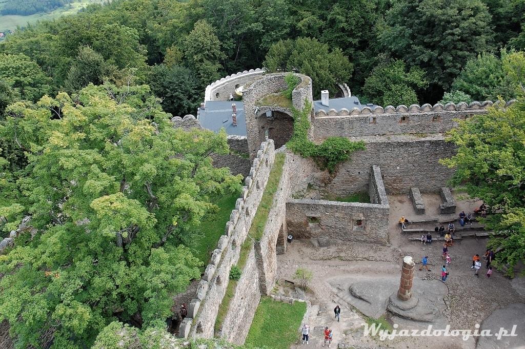 widok na Zamek Chojnik z góry