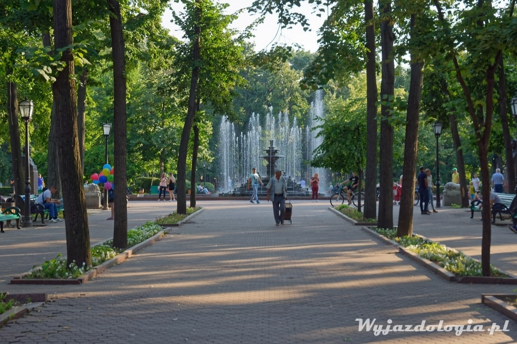 W Kiszyniowie warto zobaczyć Park Stefana Wielkiego