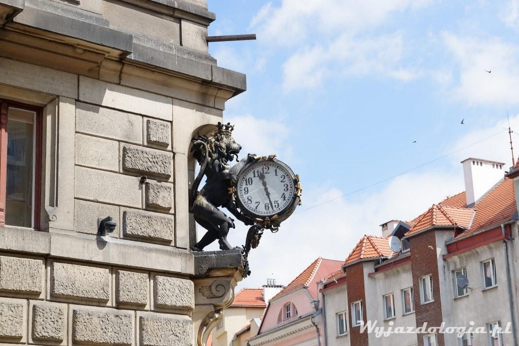Kłodzko zegar na ratuszu