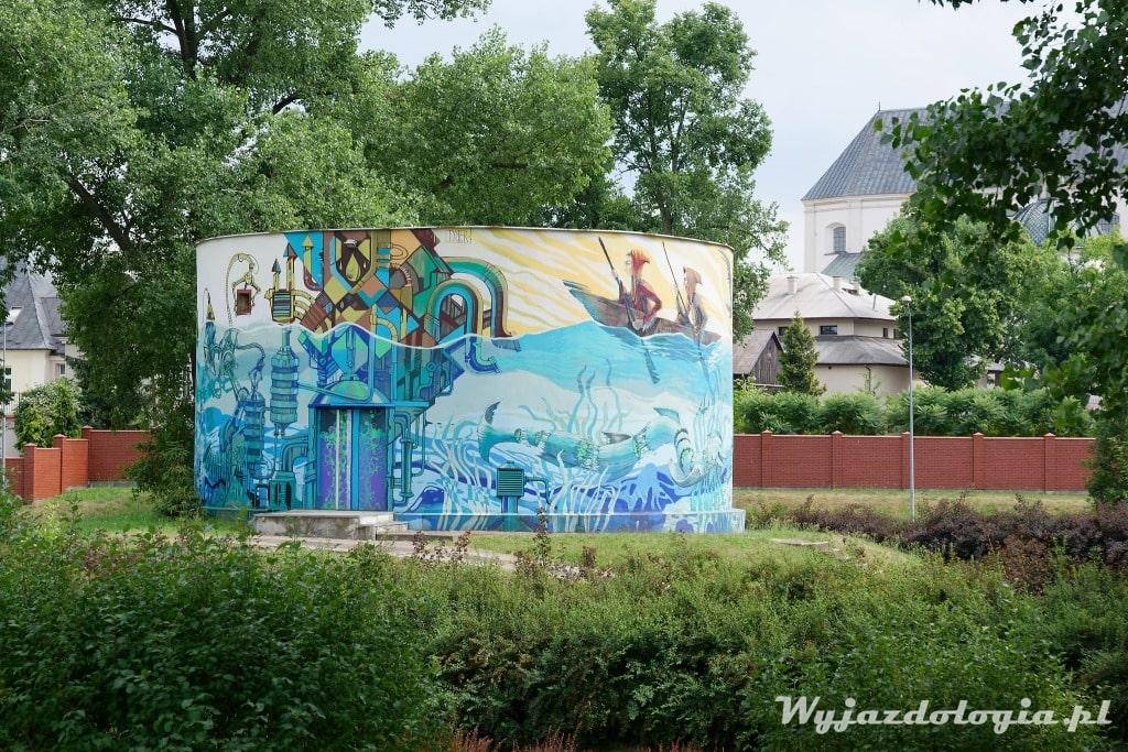 Łowicz mural na przepompowni