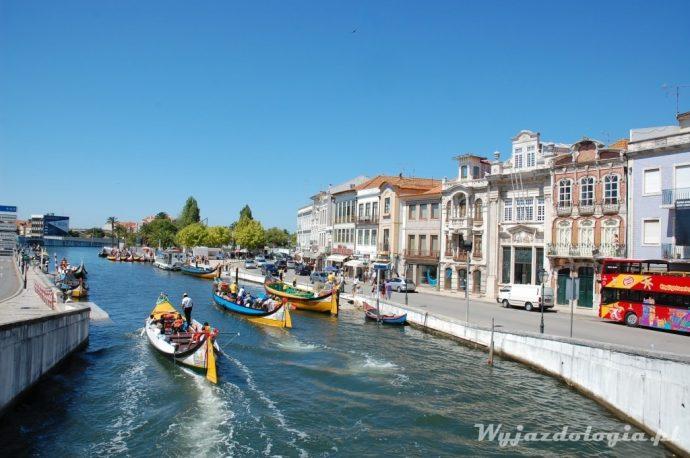 portugalskie aveiro i gondole