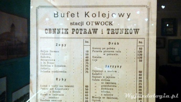 menu na dworcu w Otwocku