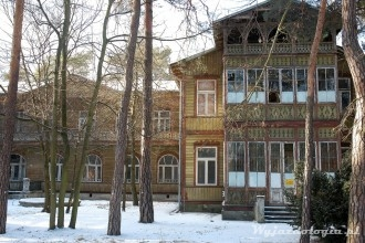 drewniane domy w Otwocku