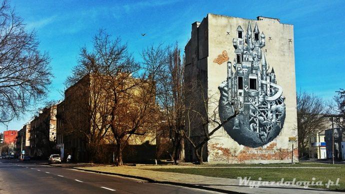 Ulica Mińska, zamek na pustostanie.