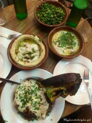 hummus na bazarze w jerozolimie