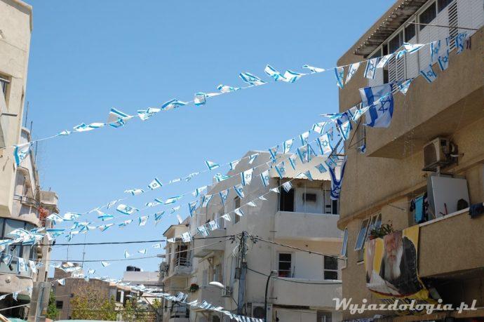 z powodu świąt nad miastem powiewają flagi z gwiazdą dawida