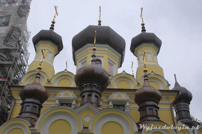 cebulaste kopuły cerkwi z hrubieszowie