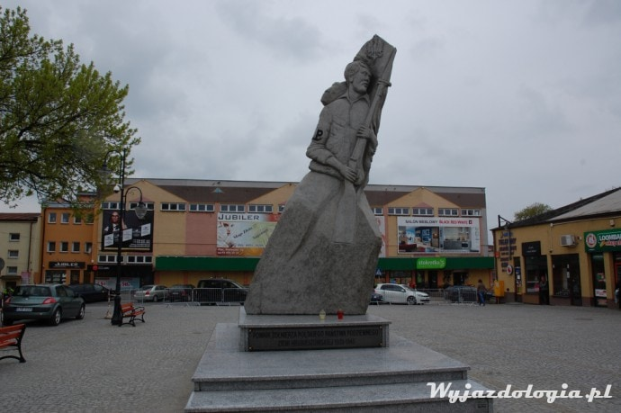 hrubieszów pomnik żołnierza