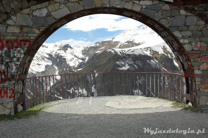 góry kaukazu w gruzji