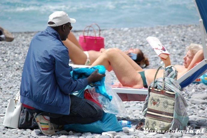 handel na plaży we Włoszech