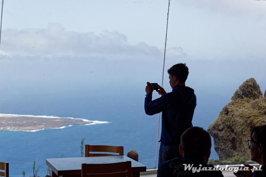 Lanzarote widok na wyspę la graciosa