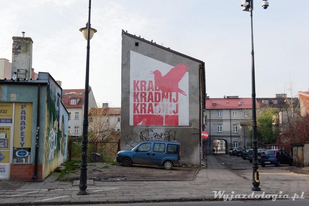 kradnij mural w Płocku