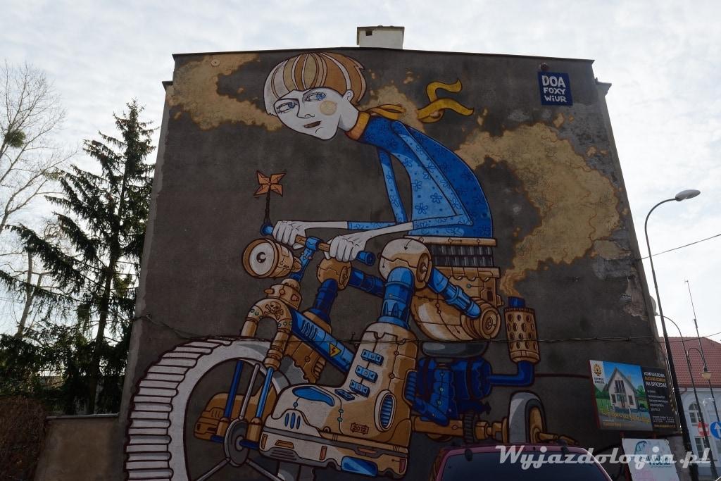 Foxy i Wiór mural w Płocku