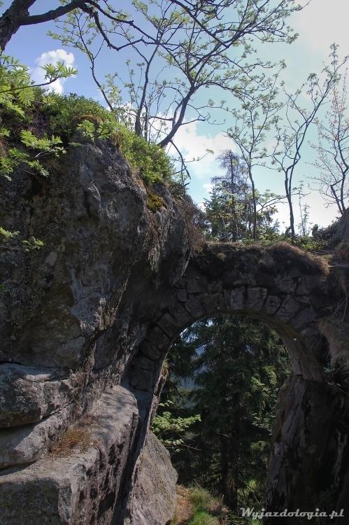 Fort Karola to mniej znana atrakcja Gór Stołowych