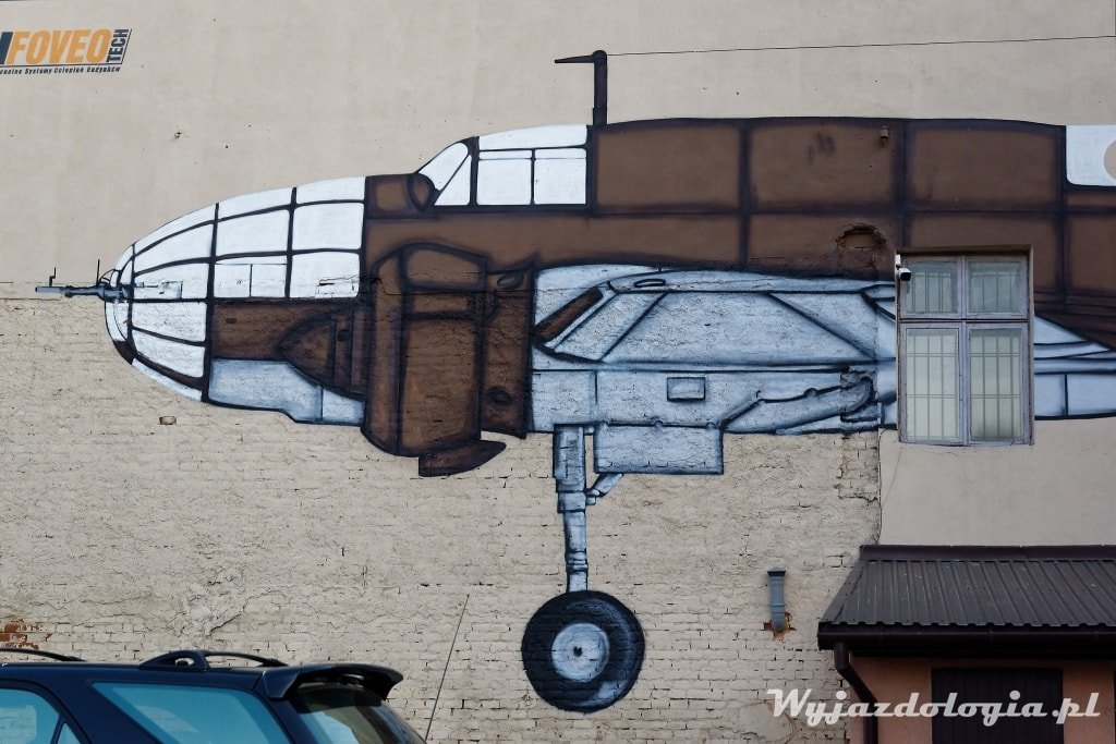 Rzeszów mural z samolotem