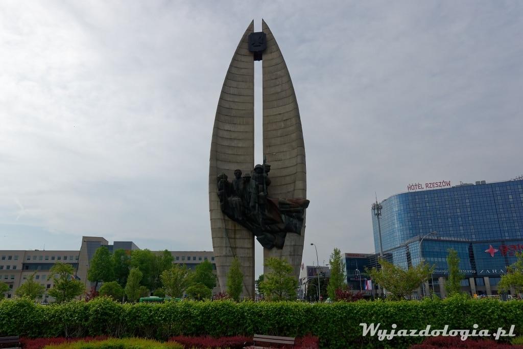 Rzeszów Pomnik Czyny Rewolucyjnego