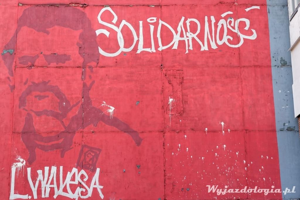 Mural z Wałęsą Kiszyniów