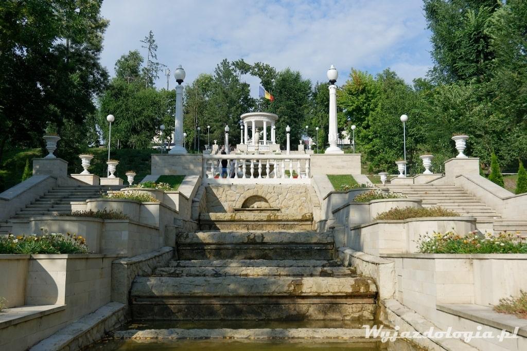 Atrakcje Kiszyniowa Park Valea Morilor