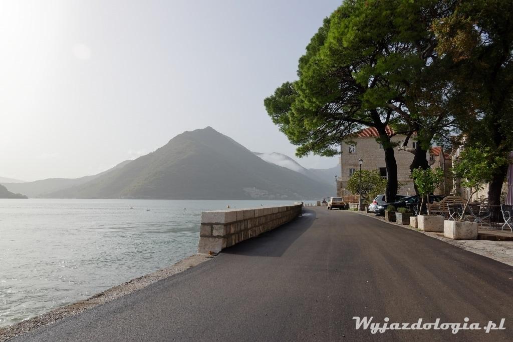 w Czarnogórrze warto zwiedzić Perast miasto w Zatoce Kotorskiej