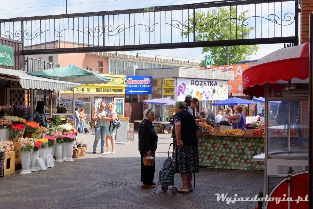 Kijów bazar Lisova