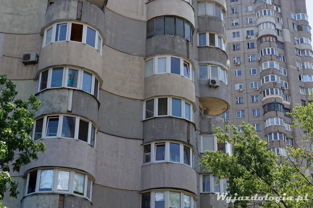 Kijów brutalizm bloki mieszkalne