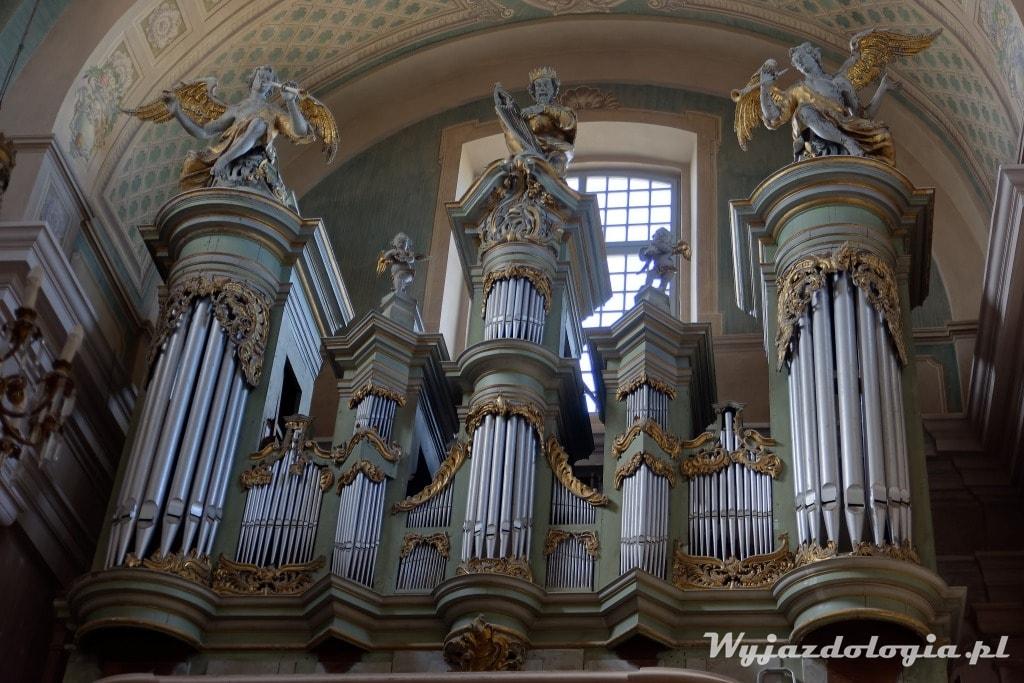 bogato zdobione barokowe organy kościoła w Tykocinie