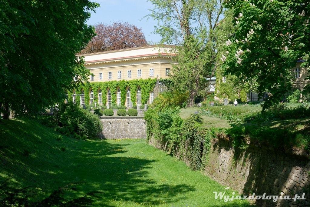 łańcut park pałacowy
