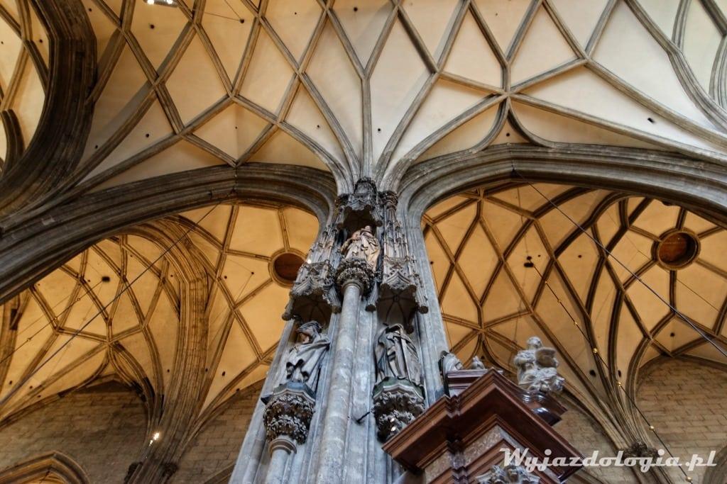 sklepienei katedry św Szczepana w Wiedniu