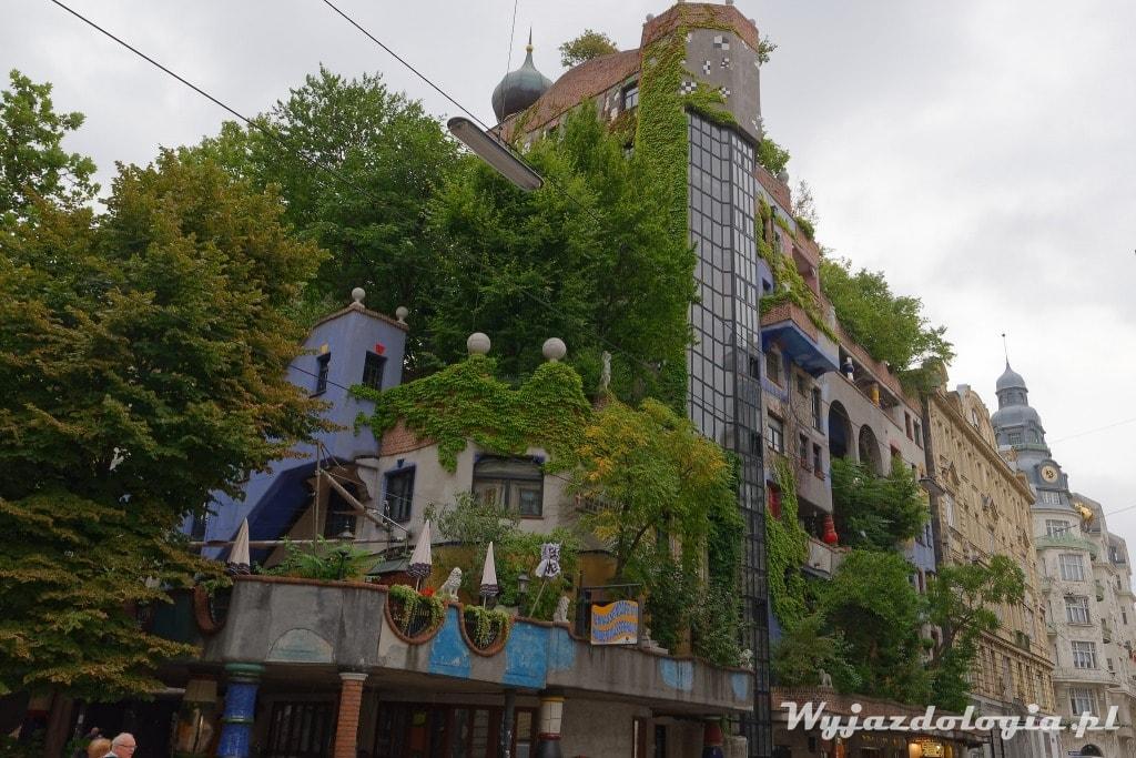 Kolorowa Atrakcja Wiednia czyli dom Hundertwassera