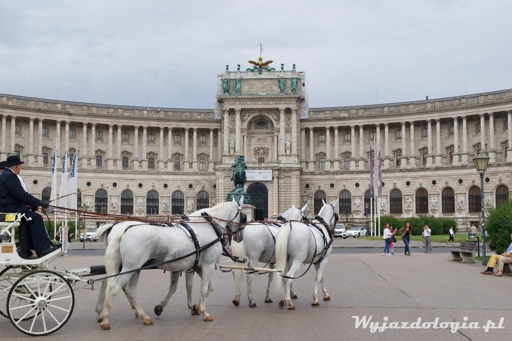Hofburg jest atrakcją Wiednia