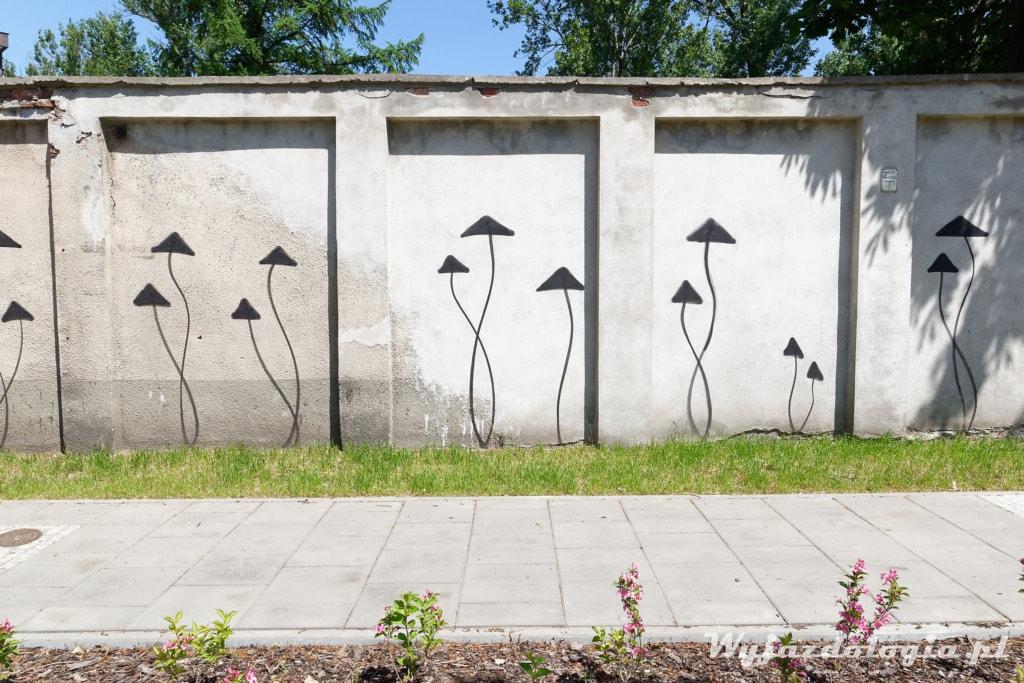 Grzyby Graffiti Aleja Solidarności Warszawa