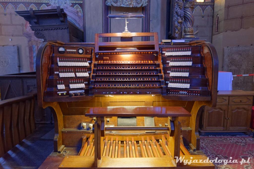 Organy we Fromborskiej Katedrze
