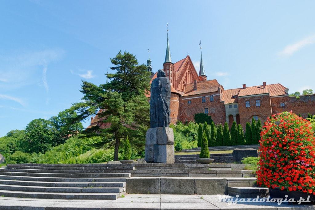 Frombork Pomnik Kopernika